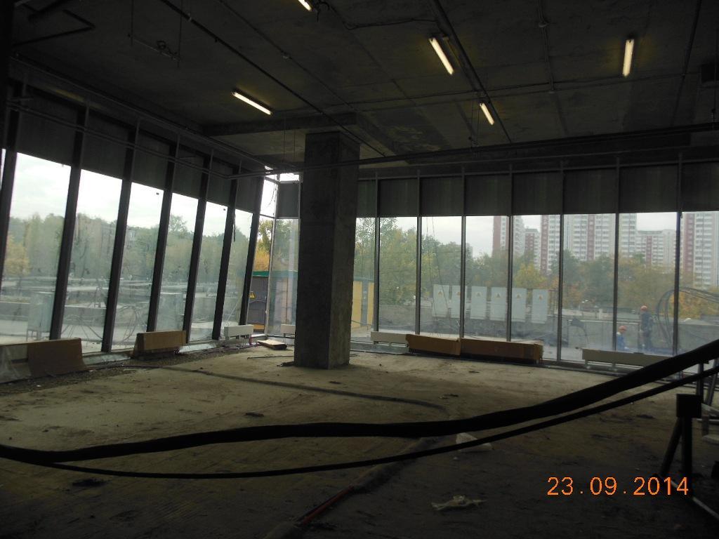 Демонтжны работы для ремонта автосалона Huynday