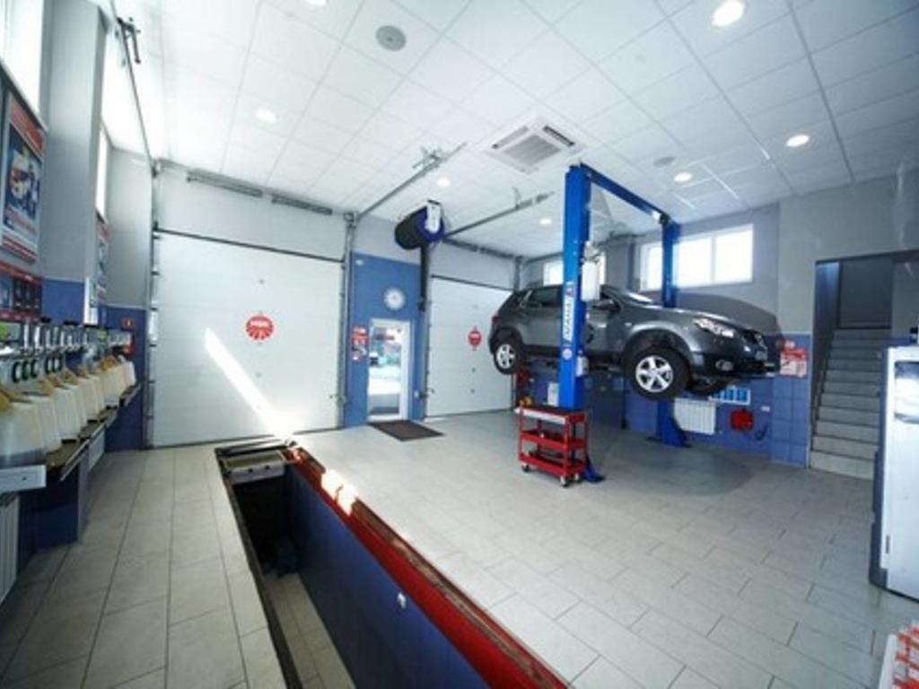 Ремонт сервисной зоны в автосалоне